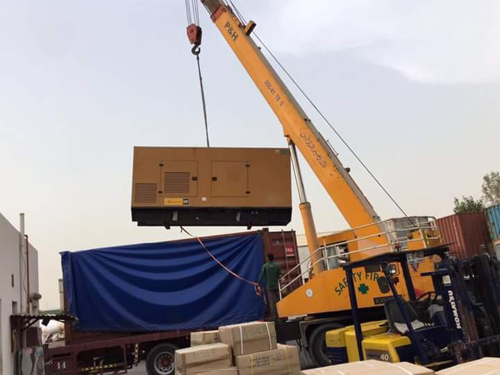Loading a Generator to an open top container